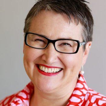 Dr. Lisa Begg